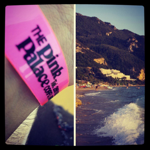 Pink Palace Armbad and Beach