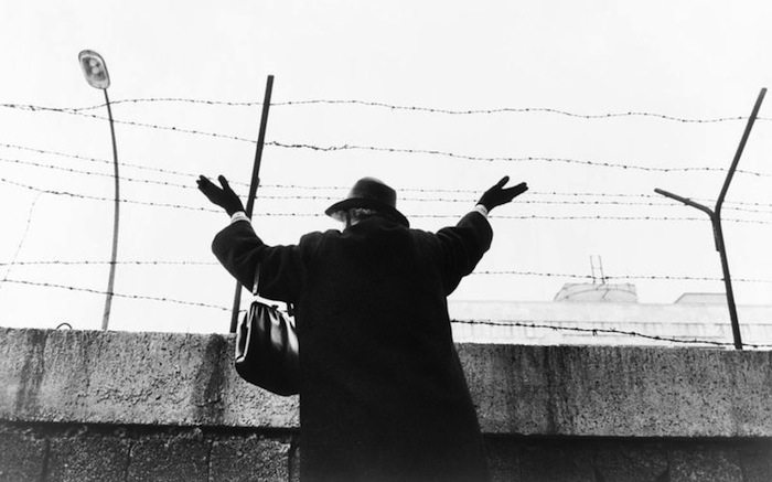 Waving over the Berlin Wall - Germany 1961