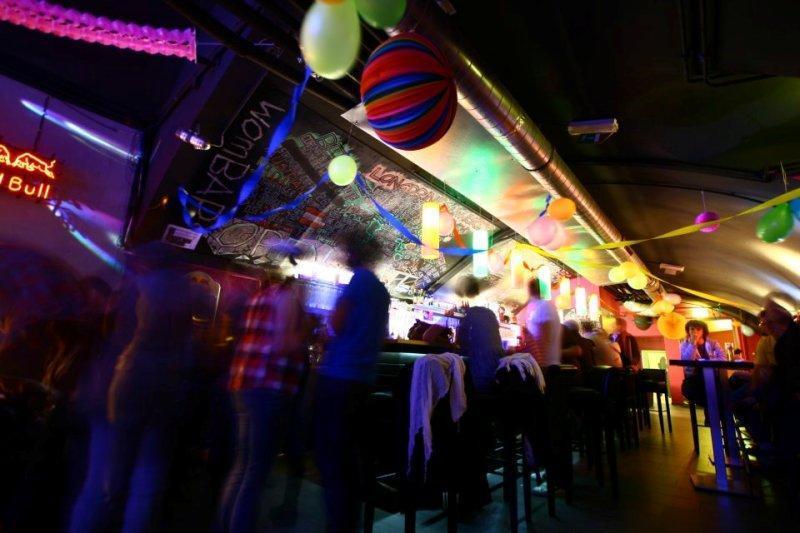 Photo: Wombat's Hostel Vienna - Lounge