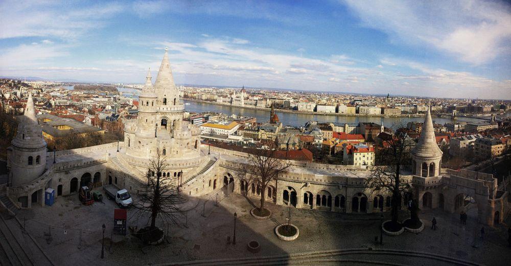 Budapest, Hungary – Photo: Wikimedia Commons, author Hal9000beta